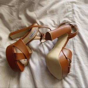 Steve Madden Shoes - Martina Platform Heel